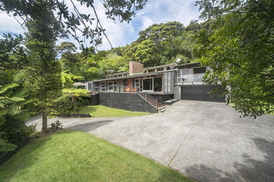 On the market: 1960s midcentury property in Titirangi, Waitakere City, New Zealand