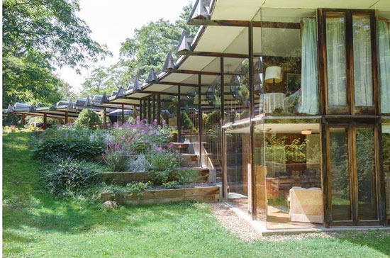 On the market: 1960s John Terrance Kelly-designed midcentury modern property in Chardon, Ohio, USA