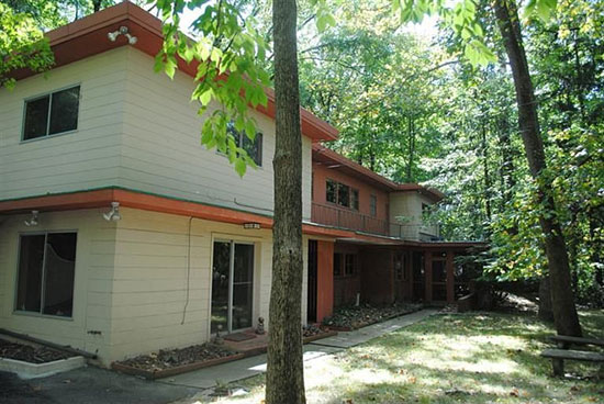 On the market: 1950s four-bedroom custom-built property in Cincinnati, Ohio, USA