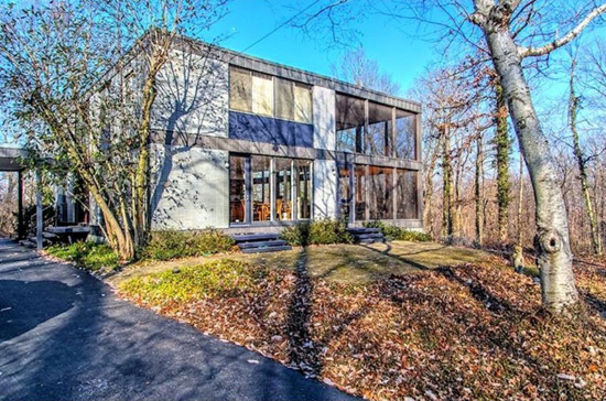 On the market: 1960s modernist property in Cincinnati, Ohio, USA