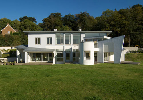 Contemporary modernism: Richard Reid-designed six-bedroom house in Old Chelsfield, Kent