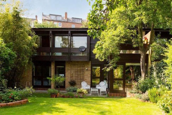 1970s Ted Levy-designed four-bedroom modernist property in London NW1