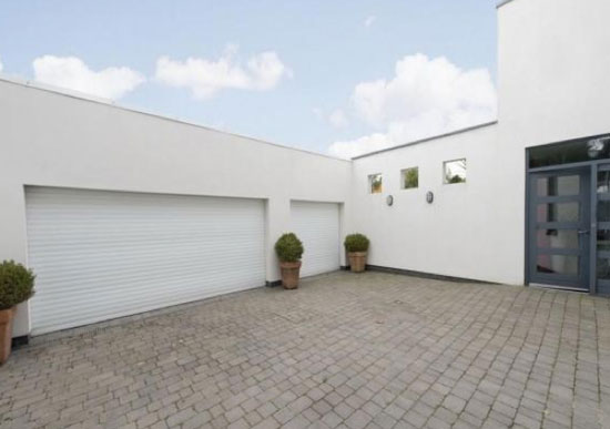Three-bedroom contemporary modernist property in Over Hulton, Bolton, Lancashire
