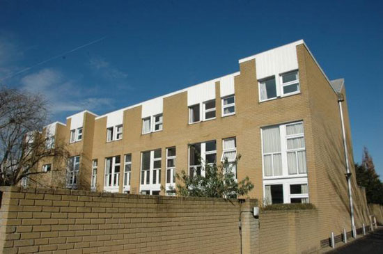 On the market: 1960s three-bedroom modernist town house in Summertown, Oxford, Oxfordshire