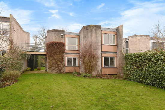 1960s Ahrends, Burton and Koralek modernist property in Old Headington, Oxford