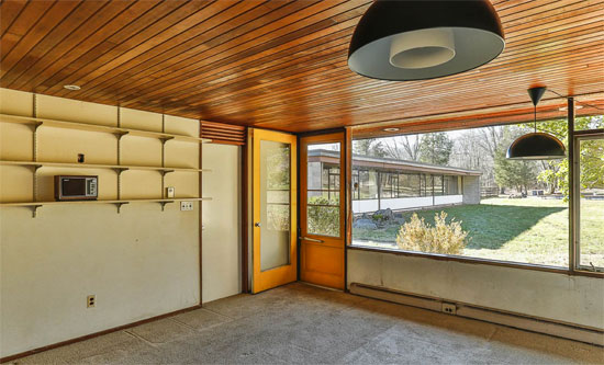 Philip Collins-designed midcentury modern property in Hopewell, New Jersey, USA