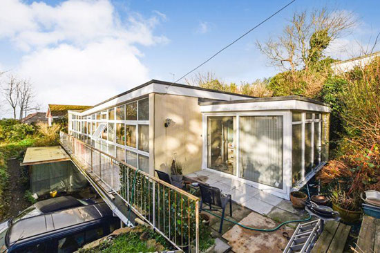 1960s midcentury modern house in Porth, Cornwall
