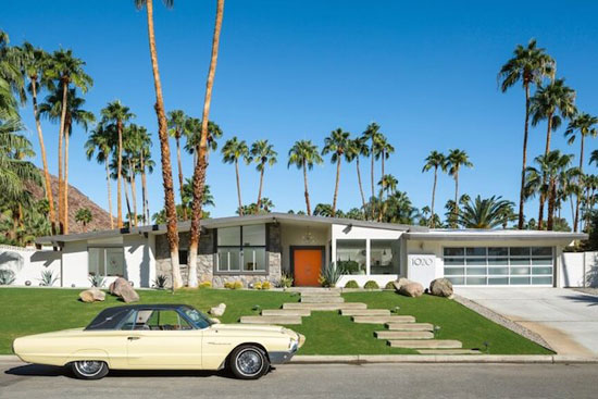 On the market 1960s charles dubois designed midcentury for New modern homes palm springs