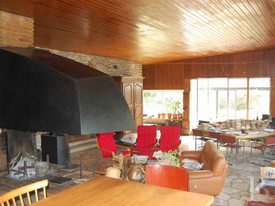 1950s modernism: Henri Calmat-designed property in Seine-et-Marne, Ile-de-France, France