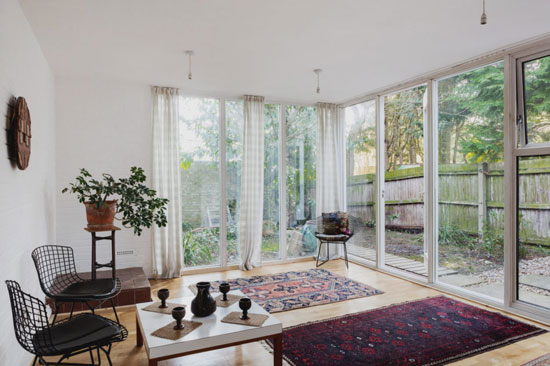 Span House: 1960s Eric Lyons-designed property on the Punch Croft Estate, New Ash Green, Kent