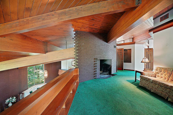 1960s midcentury modern house in Palos Park, Illinois, USA