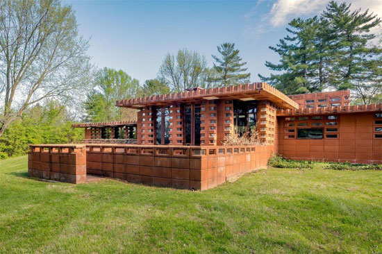 Frank Lloyd Wright Pappas House in St Louis, Missouri, USA