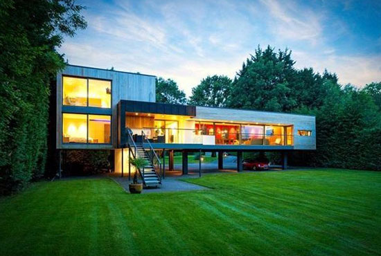 The Moorings John Pardey-designed modernist property in Wargrave, near Reading, Berkshire