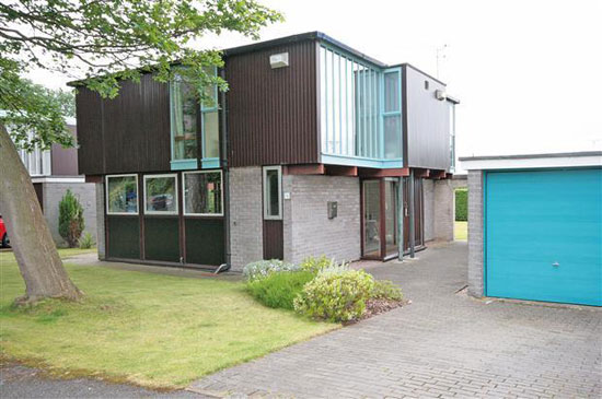 On the market: 1960s J Roy Parker-designed modernist property in Parkgate, Cheshire