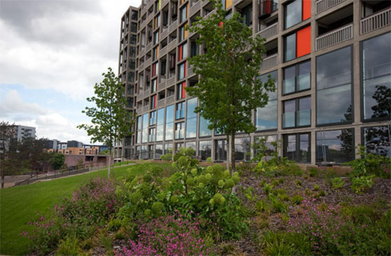 Brutalist rental: Apartment in the Park Hill development, Sheffield, South Yorkshire