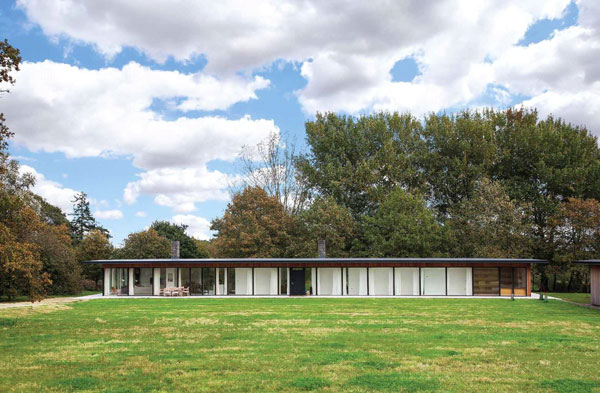 Jonas Bjerre-Poulsen-designed Pavilion House in Southwold, Suffolk
