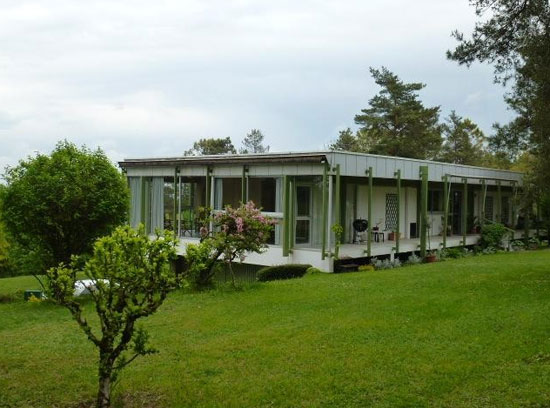 1970s architect-designed modernist property in Perigueux, Dordogne, south-western France
