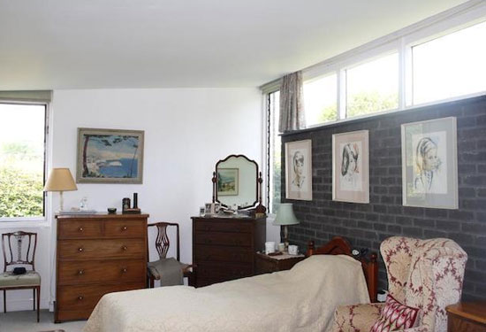 1960s two-bedroom modernist property in Petersfield, Hampshire