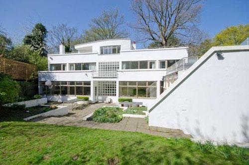On the market: 1930s Berthold Lubetkin-designed Six Pillars modernist house in London