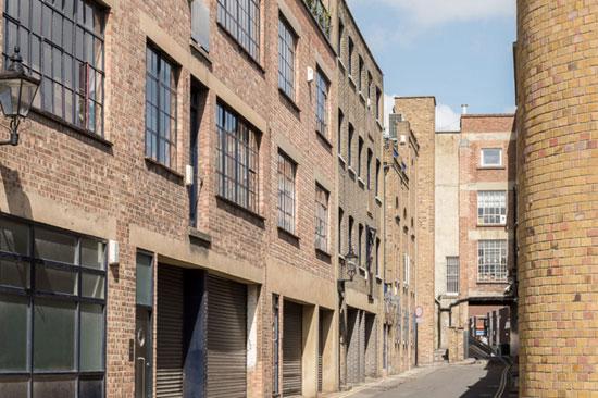Factory conversion: Eva Jiricna-designed apartment in London NW8