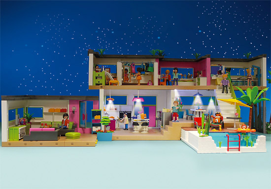 Modern Luxury Mansion by Playmobil