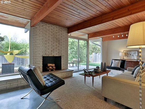 1960s Robert Rummer-designed midcentury property in Portland, Oregon, USA