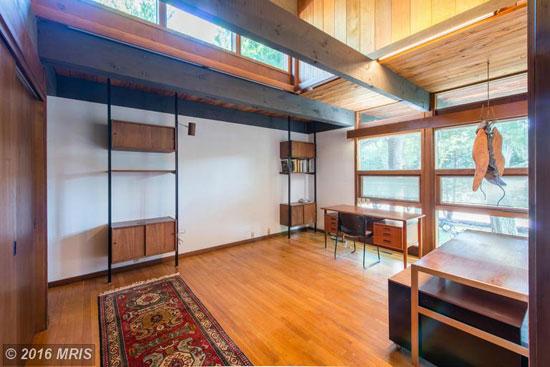 1960s Poldi Hirsch-designed midcentury property in Havre de Grace, Maryland, USA