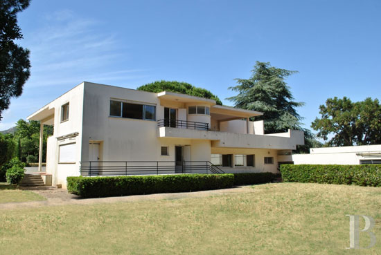 1920s Pierre Chareau-designed modernist property in Grimaud, South-East France
