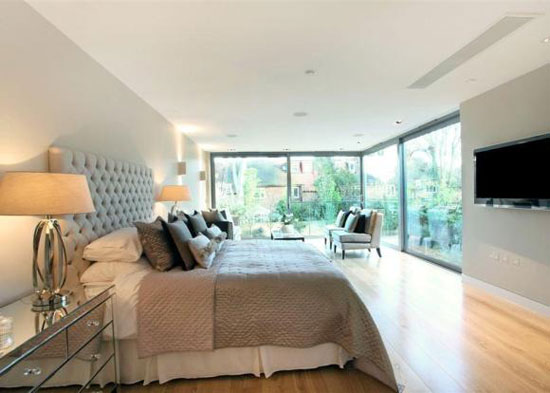 Modernist-inspired seven bedroom house in Putney, London SW15