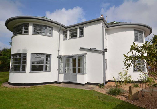 On the market:  Cranworth 1930s art deco property in Quarndon, Derbyshire