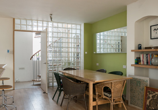Quay 2c-designed modernist property in London SE15