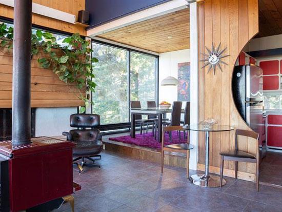 1970s Jacques de Blois modern house in Saint-Damase-de-L'Islet, Quebec, Canada