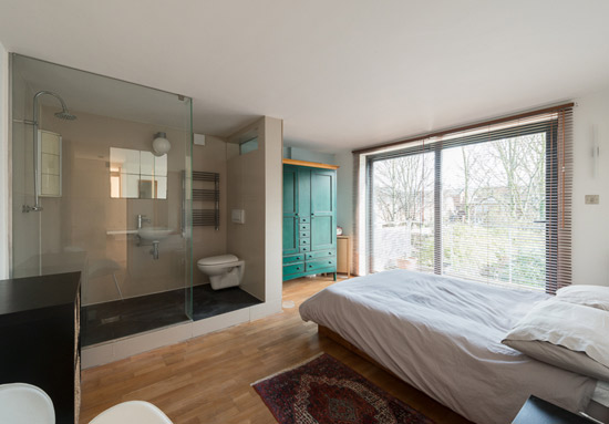 Quay 2c-designed modernist property in London SE15