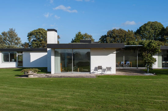 On the market: 1960s John Schwerdt-designed grade II-listed modernist property in Rye, East Sussex