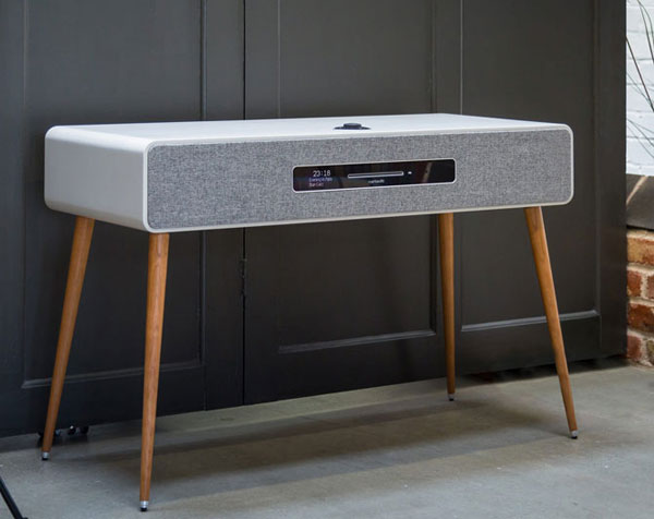Midcentury interior: Ruark Audio R7 MKIII music system