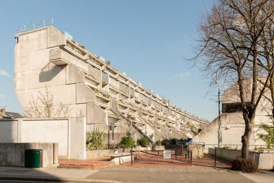 On the market 1970s neave brown designed brutalist for Frazer crane architect