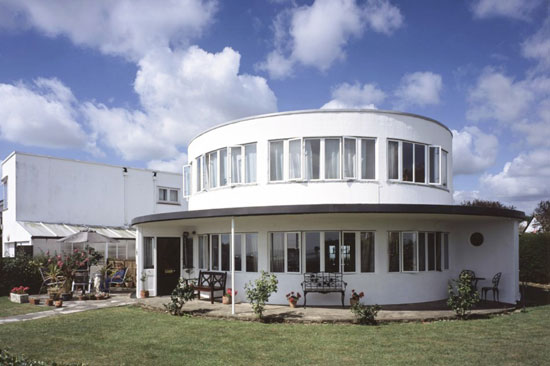 On the market: Oliver Hill-designed The Round House art deco property in Frinton-on-Sea, Essex