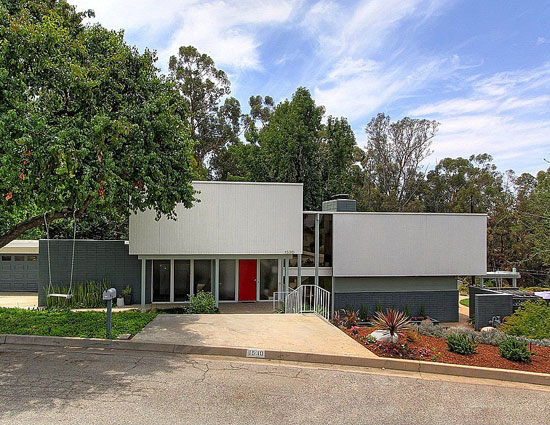 On the market: 1960s Guy W. Pierce-designed modernist property in Redlands California, USA