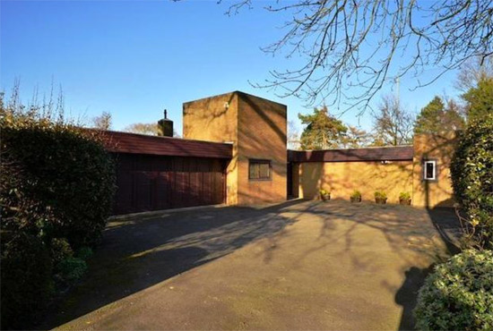 1960s modernist property in Rickmansworth, Hertfordshire