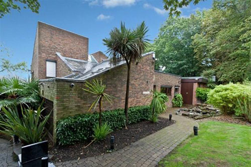 On the market: 1980s Gerd Kaufman-designed detached property in Mill Hill, London