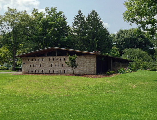 On the market: 1950s Charles Goodman-designed Alcoa Aluminum House in Rochester, New York State, USA