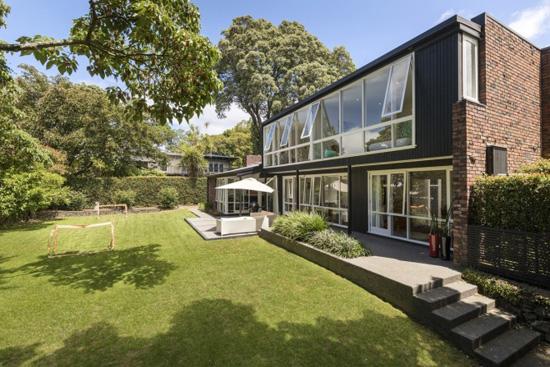 1960s Midcentury Modern Ron Sang Designed Property In Epsom