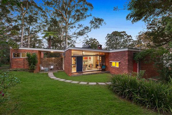 1950s Harry Seidler midcentury modern house in Warrawee, NSW, Australia