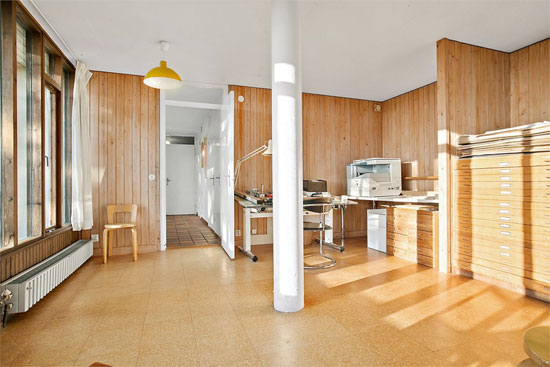 1960s architect-designed modernist property in Trollasen, Sweden