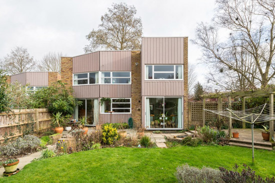 1960s Eric Lyons-designed Span House in New Ash Green, Kent