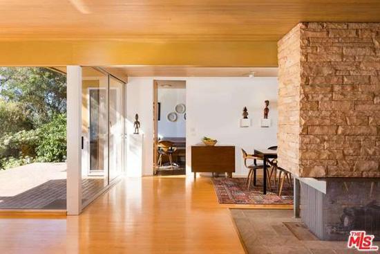 Richard Neutra classic: The Schaarman House in Los Angeles, California, USA