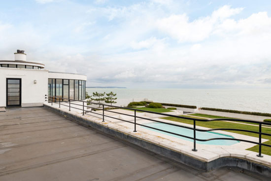 1930s art deco: C. Evelyn Simmons-designed Sandcastle property in Pevensey Bay, East Sussex