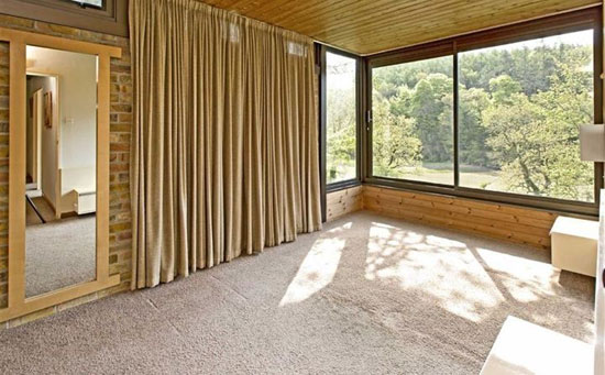 Bryan Tanner-designed Dominoes 1960s modernist property in Stoke Gabriel, Devon