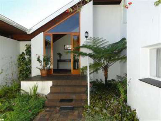1960s architect-designed property in Dalsig, Stellenbosch, Western Cape, South Africa