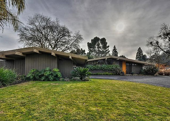 On the market: 1950s Carter Spark-designed midcentury property in Sacramento, California, USA